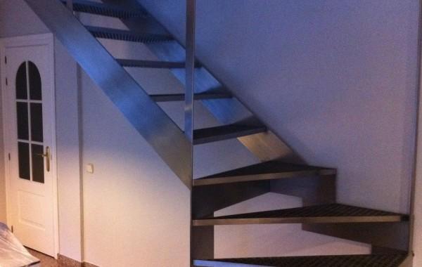Escaleras – Varios clientes